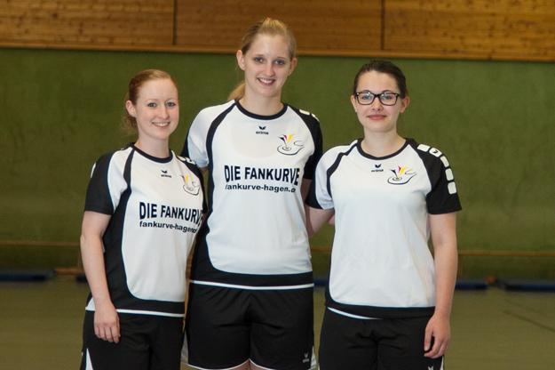 Die deutschen Damen mit (v.l.) Sarah Walter, Tanja Schlette und Giulia-Isabella Pinnau sind sofort am ersten Wettkampftag der EM gefordert. (Foto: Michael Volmer)