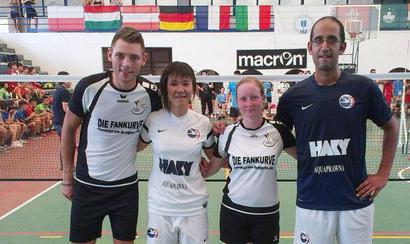 David Zentarra und Sarah Rüsseler mit den Franzosen Trang und Ayman.
