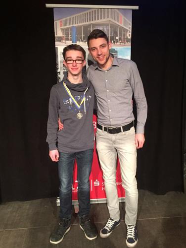 Als Trainer und Jugendwart begleitet David Zentarra Nachwuchstalent Arne Twer zum Sportehrentag.